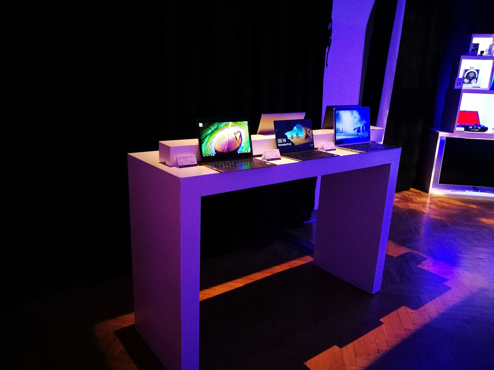 Currys PC World XIJ & Photo Gallery: Currys PC World showcases gift ideas for Christmas ... azcodes.com