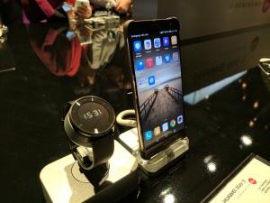 Huawei Mate 9 with Huawei Fit watch